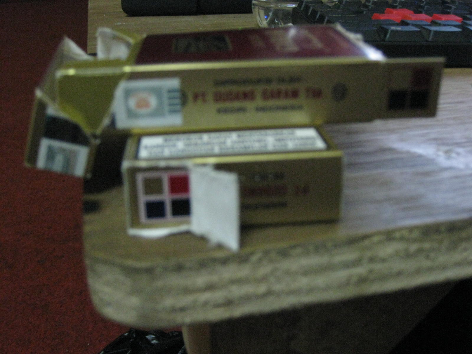 Rahasia Dibalik Bungkus Rokok Gudang Garam Filter Saeful Base Camp Internasional Buat Apa Warna2 Tersebut